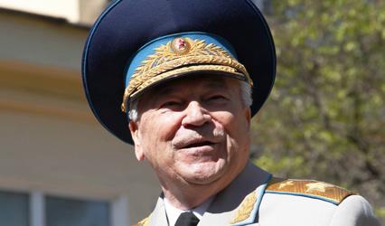Маршал авиации Шапошников Евгений Иванович