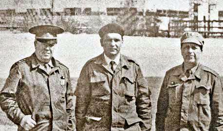 Чернобыль, май 1987 г. Слева направо: Анатолий Ряхов, начальник оперативной группы ГОЧС, Виталий Шорников, Василий Возняк, руководитель оперативной группы Совмина СССР.
