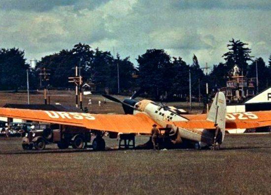 Самолет АНТ-25 «Сталинский маршрут» на аэродроме в Ванкувере 1937 г.