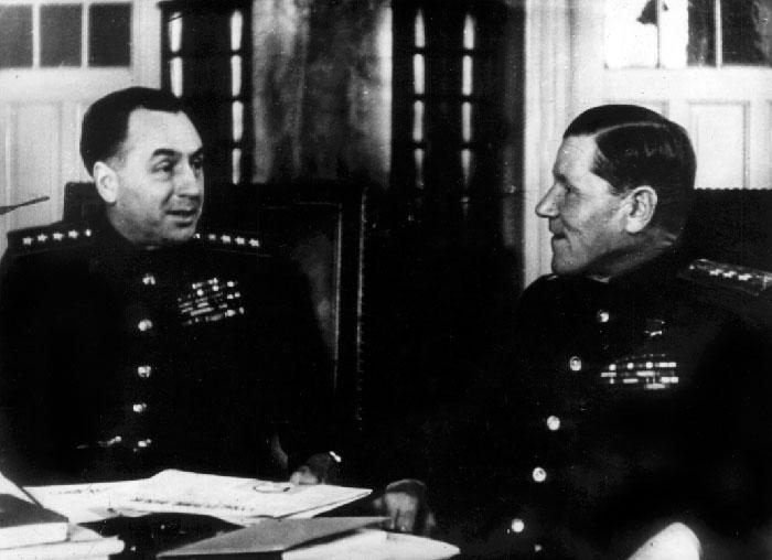А.И. Антонов и А.В. Горбатов