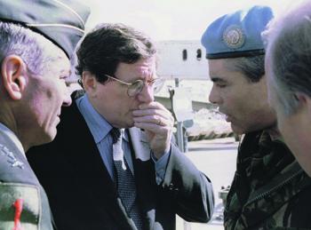 Ричард Холбрук продержал в полной изоляции три делегации на базе в Дейтоне 21 день, но своего добился. Фото Reuters