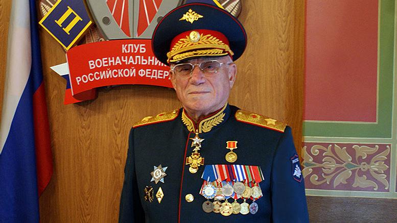 Президент Клуба военачальников Российской Федерации генерал армии А. С. Куликов
