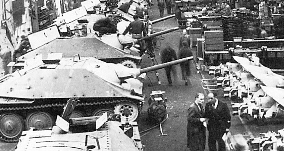 Jagdpanzer 38 (t) Х на заводе компании ВММ в Праге (1944 год)