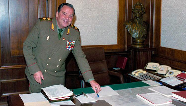 Начальник Генерального штаба Вооруженных сил СССР генерал армии Владимир Николаевич Лобов